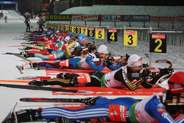 """Biathlon: dall'arco al laser, lo sci """"armato"""" non per tutti"""